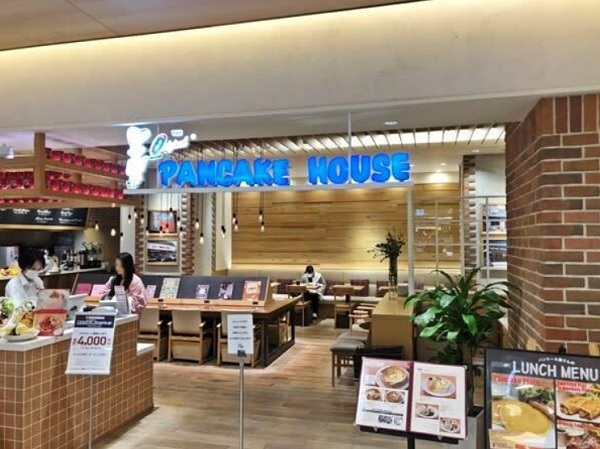 オリジナルパンケーキハウス 博多マルイ店,パンケーキ 福岡 おすすめ,パンケーキ 福岡 天神