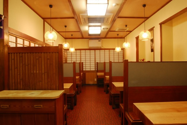 割烹よし田,福岡ランチ,天神ランチ,定食屋,店内