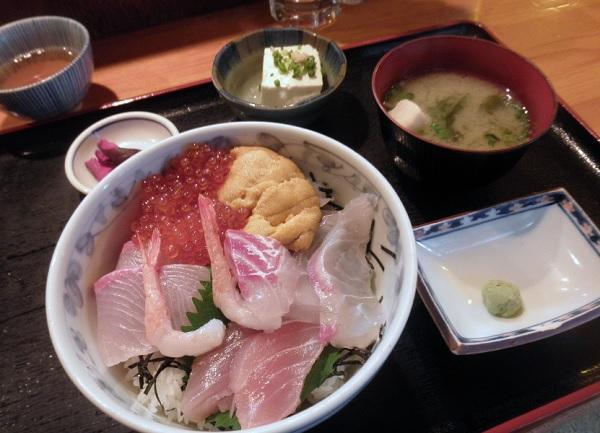 博多魚がし 西側食堂街店 ,天神 朝食,天神 モーニング